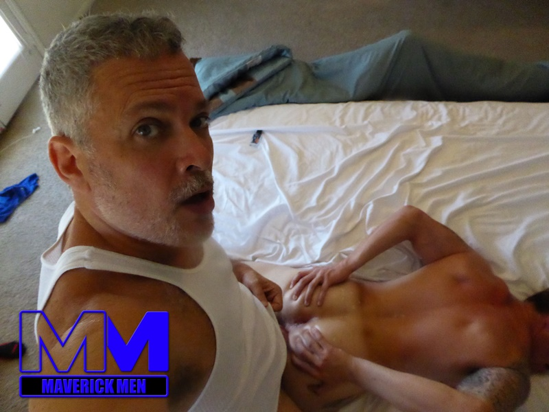maverickmen-older-naked-mature-gay-guy-sean-fucks-straight-man-dax-cum-asshole-jizz-bareback-ass-fucking-anal-rimming-012-gay-porn-sex-gallery-pics-video-photo