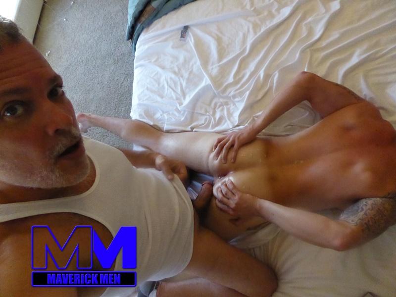 maverickmen-older-naked-mature-gay-guy-sean-fucks-straight-man-dax-cum-asshole-jizz-bareback-ass-fucking-anal-rimming-013-gay-porn-sex-gallery-pics-video-photo