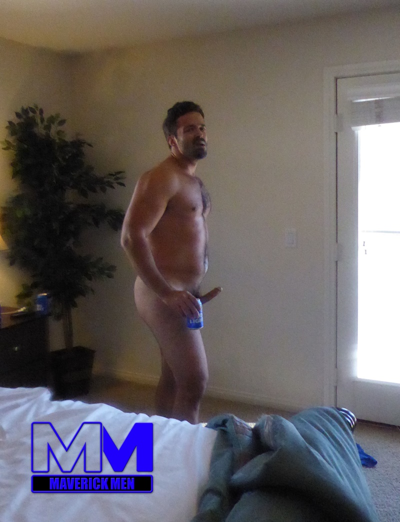 maverickmen-older-naked-mature-gay-guy-sean-fucks-straight-man-dax-cum-asshole-jizz-bareback-ass-fucking-anal-rimming-015-gay-porn-sex-gallery-pics-video-photo