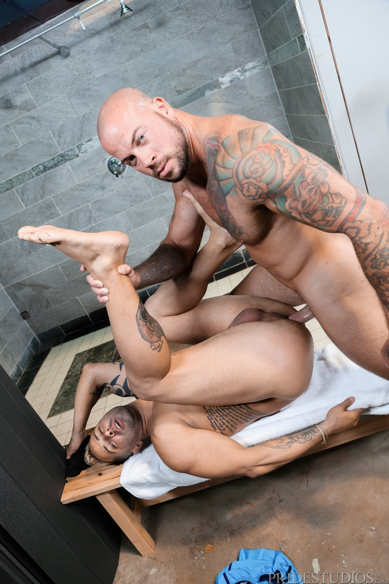 menover30-nude-dudes-sean-duran-fucks-kaleb-kessler-huge-dick-fucking-tight-asshole-bubble-butt-rimming-anal-assplay-cocksucker-014-gay-porn-sex-gallery-pics-video-photo