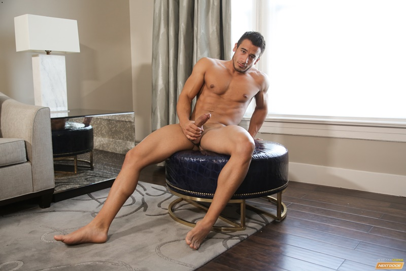 Sexy naked muscle boy Kayden Andrews wanks his huge dick