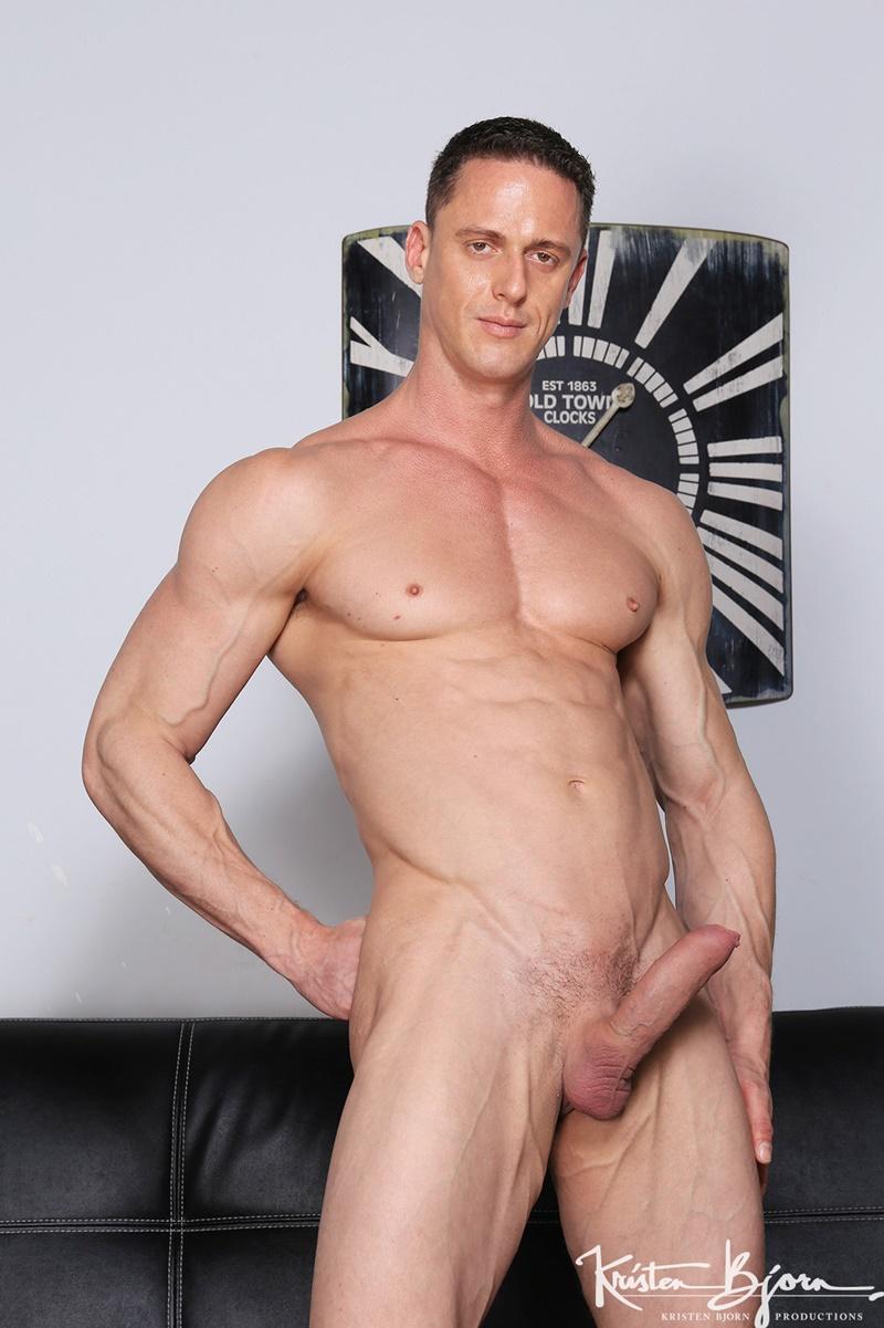 Hot Big Muscle Hunks Ivan Gregory, Denis Sokolov And Lucas -1260