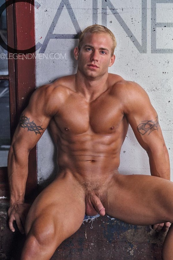 Legend Men Hot naked muscle hunks Caine Carson Ripped Muscle Bodybuilder Strips Naked and Strokes His Big Hard Cock photo Top 100 worlds sexiest naked muscle men at Legend Men (11 20)