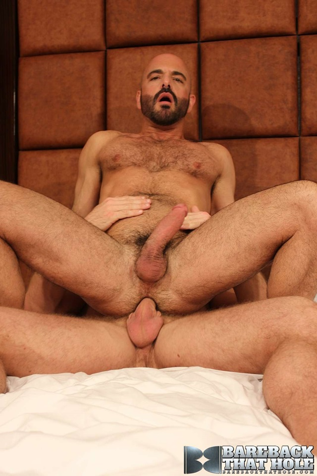 bareback that hole  Shay Michaels and Adam Russo