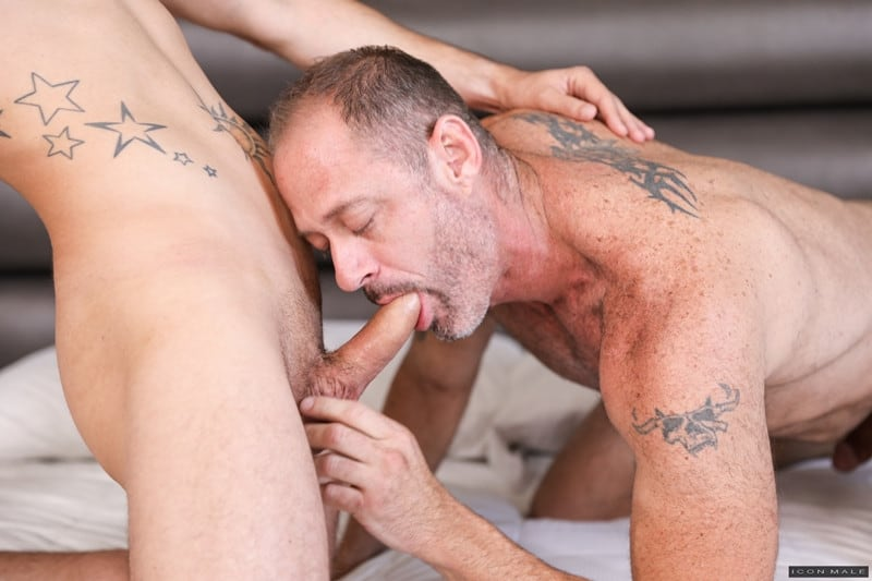 Men for Men Blog D-Arclyte-fucks-young-hottie-Nic-Sahara-virgin-asshole-Hot-older-hunk-IconMale-004-gay-porn-pictures-gallery Hot older hunk D Arclyte destroys young hottie Nic Sahara's virgin asshole Icon Male