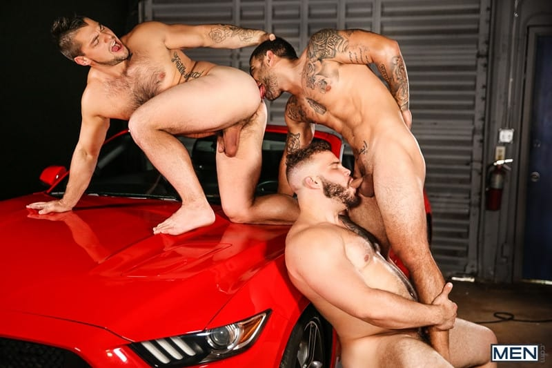 Men for Men Blog Daxx-Carter-Vadim-Black-Aspen-big-thick-dick-Hot-gay-threesome-hardcore-anal-fucking-Men-014-gay-porn-pictures-gallery Hot gay threesome Daxx Carter, Vadim Black and Aspen hardcore anal fucking Men