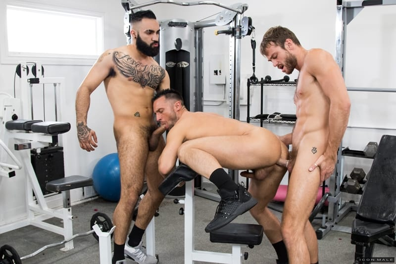 Hottie-threesome-Max-Adonis-Colby-Tucker-Zaddy-train-chain-ass-fucking-IconMale-013-Gay-Porn-Pics