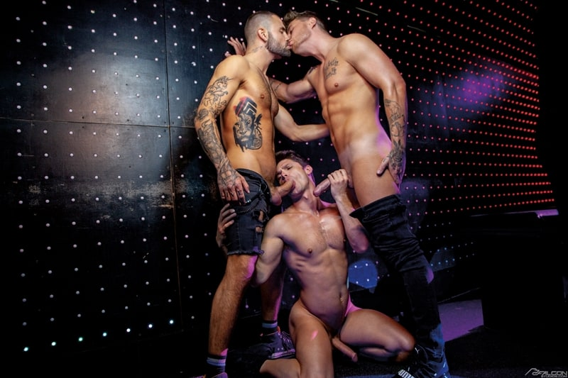 Josh-Moore-Jeffrey-Lloyds-huge-cocks-spit-roasting-Devin-Franco-hot-bubble-butt-ass-hole-FalconStudios-006-Gay-Porn-Pics